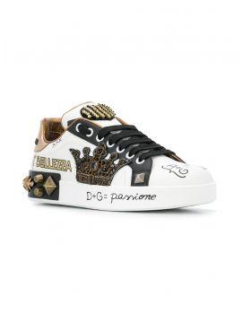 Sneakers classica vit.nappa ricamo