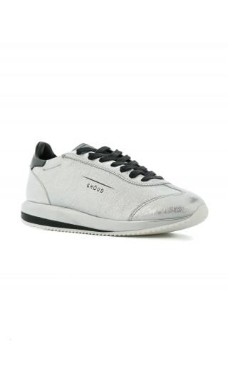 Sneakers rock / satin