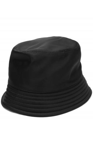 Cappello tessuto triangolo