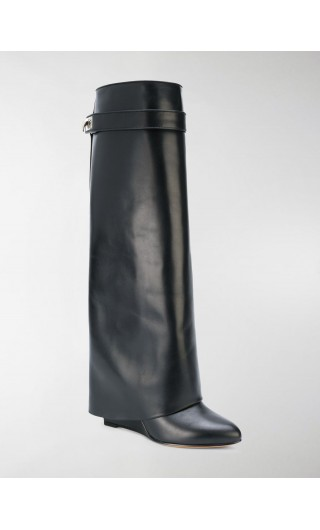 Pant boot