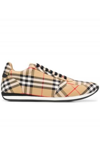 Sneakers Travis