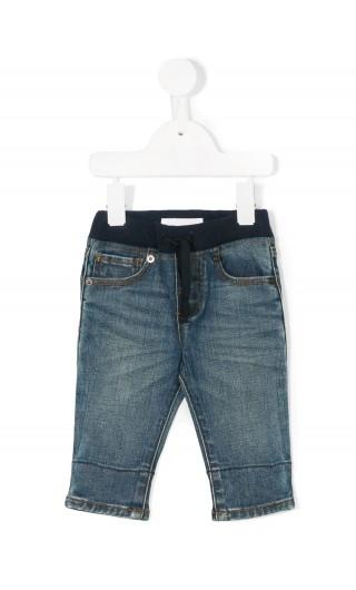 Jeans 5 tasche taglio comodo